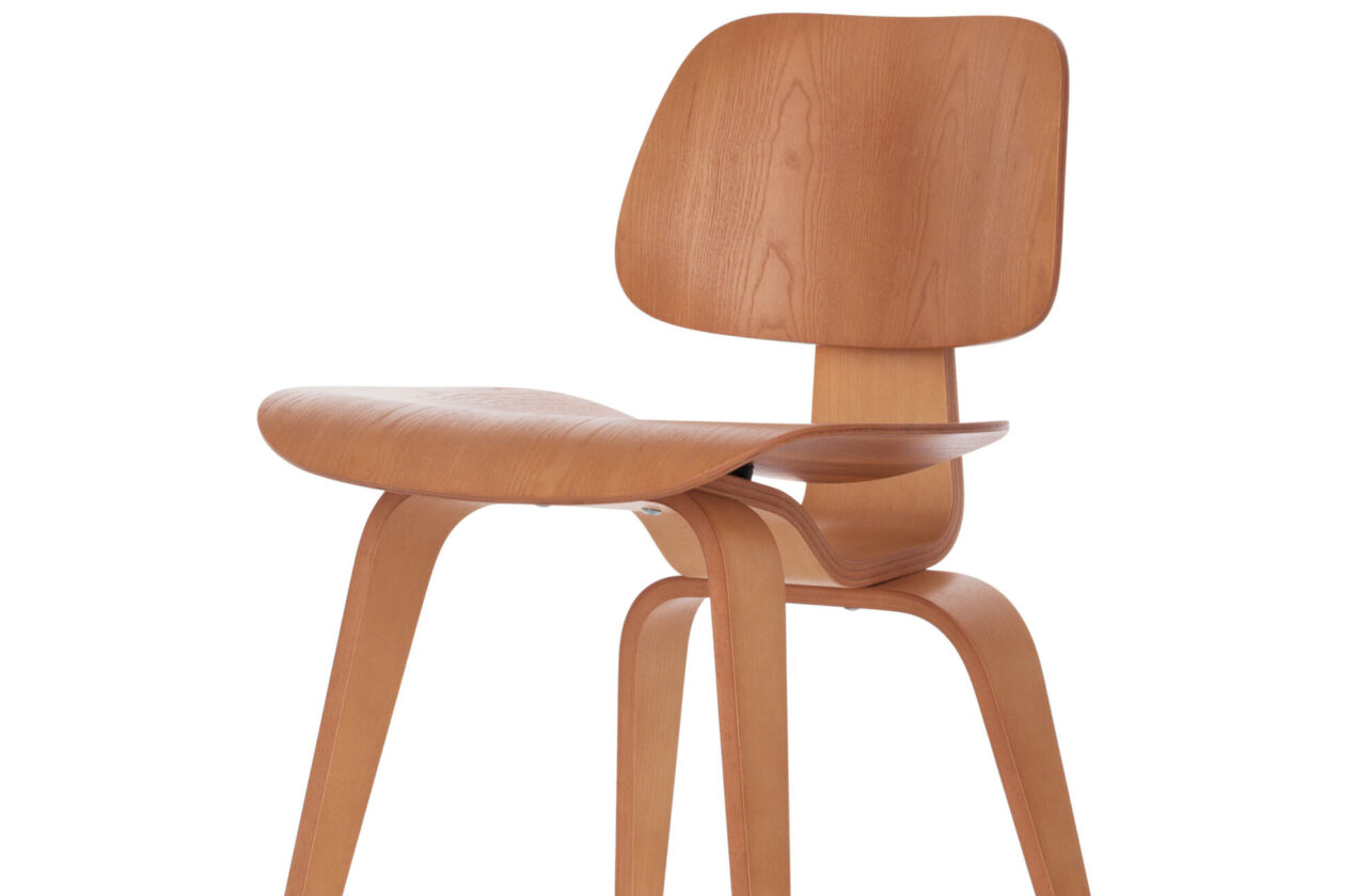 Ply Wood Group DCW  Design Charles & Ray Eames, 1946 © Vitra Collections AG